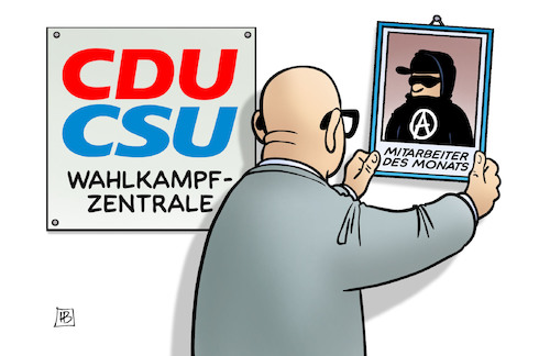 Cartoon: Unions-Mitarbeiter (medium) by Harm Bengen tagged gipfel,hamburg,g20,protest,randale,krawalle,autonome,schwarzer,block,peter,tauber,wahlkampfzentrale,cdu,csu,union,harm,bengen,cartoon,karikatur,gipfel,hamburg,g20,protest,randale,krawalle,autonome,schwarzer,block,peter,tauber,wahlkampfzentrale,cdu,csu,union,harm,bengen,cartoon,karikatur