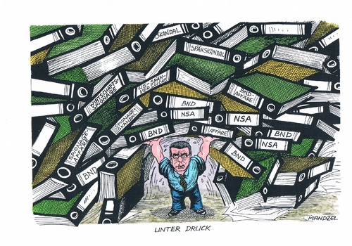 Cartoon: De Maiziere im Fokus (medium) by mandzel tagged bnd,skandal,de,maiziere,bundeskanzleramt,nsa,bnd,skandal,de,maiziere,bundeskanzleramt,nsa